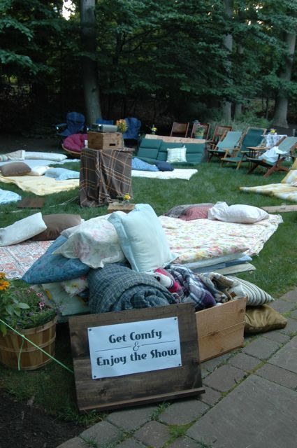How to Host an Outdoor Movie Night in 5 Simple Steps – Babble