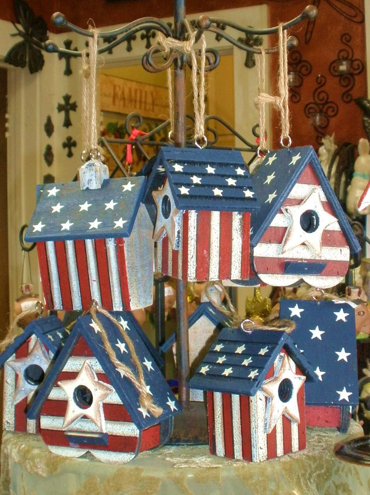 Patriotic Decorations | Decorating with a Patriotic Flair | Dragonfly Shops & Gardens