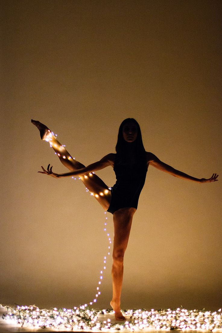 Lindsay Fulton in our Nikiya leotard during our photoshoot. Photo by Ballet Zaida.