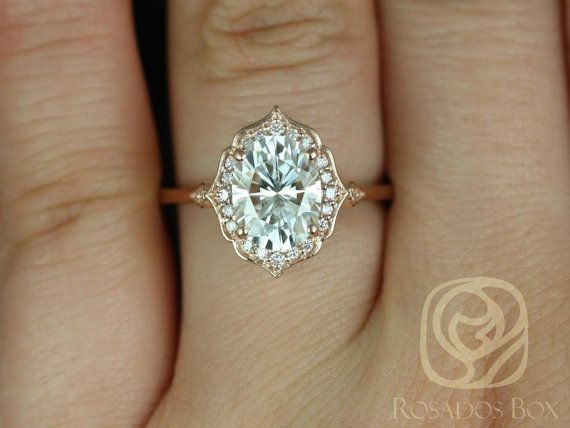 This vintage design will bring out your inner romantic! This stunning yet simple ring is sure to stop
