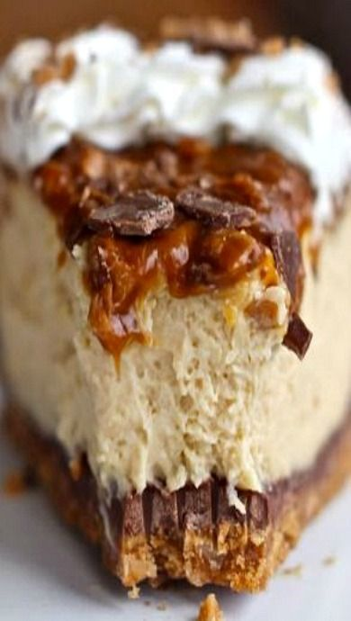 Caramel Toffee Crunch Cheesecake!! I Make This Every Year For Thanksgiving and Tru
