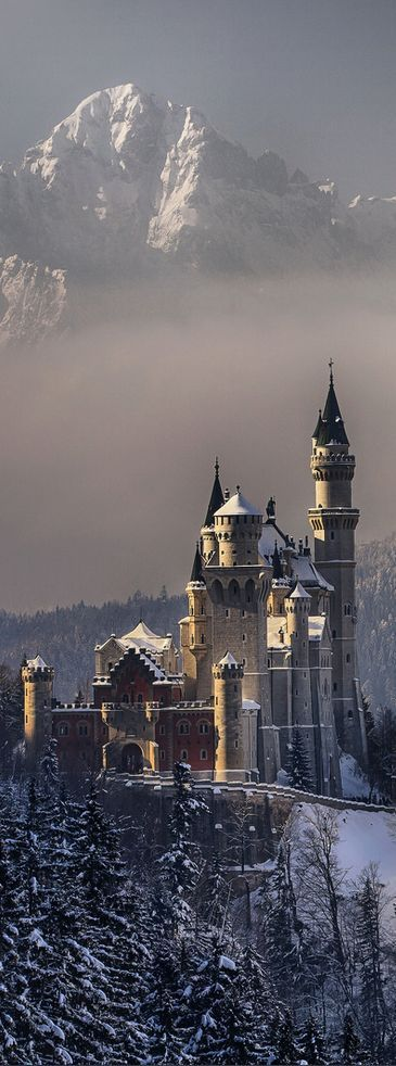 Neuschwanstein Castillo, Baviera, Alemania. Puedes ampliar la información de cast