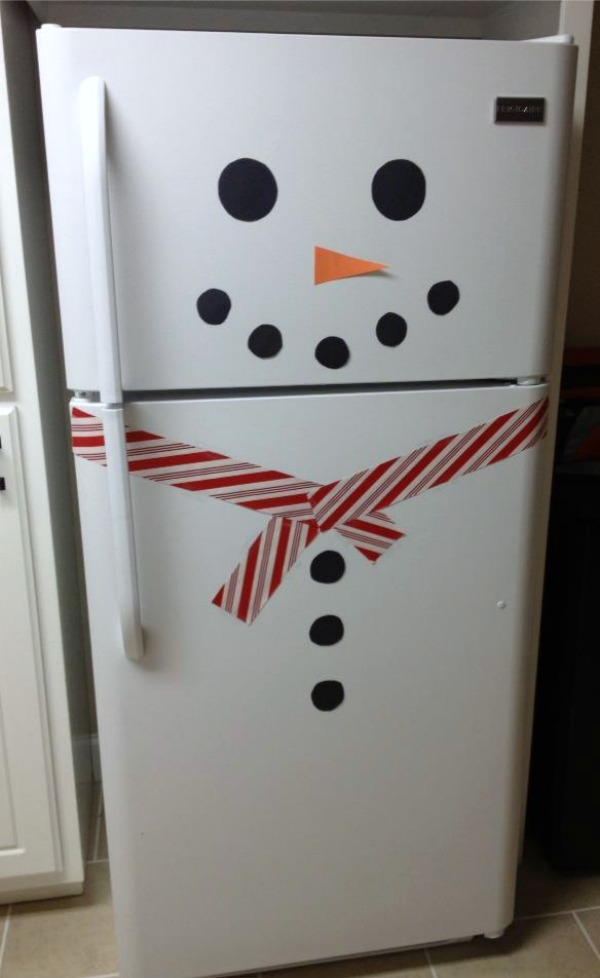 I dont have a white fridge.. but this would be cute for someone who does!!!