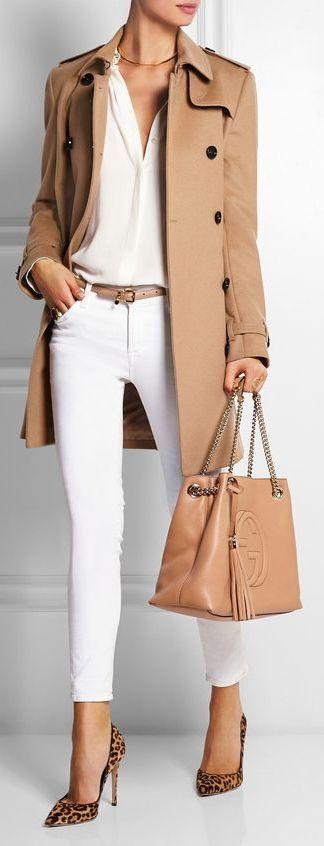 Blanco y camel