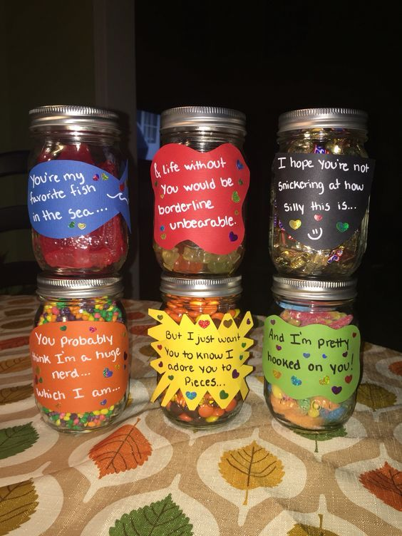 sweet-jars-for-first-anniversary
