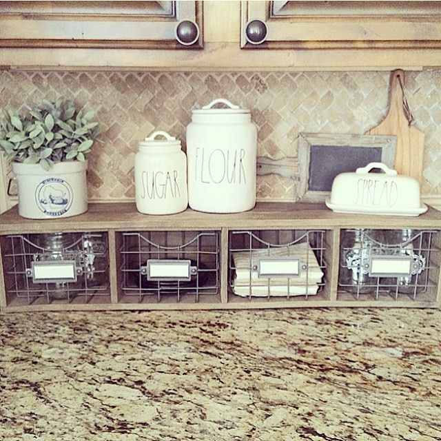 Good morning, friends! Sharing this little shelf in my kitchen for the lovely ladi
