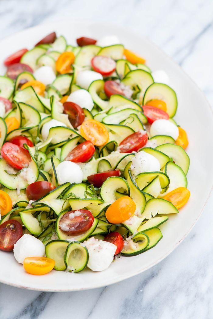 Zucchini Tomato Basil Salad with Lemon Basil Vinaigrette @Good Life Eats www.goodlifeeats.com