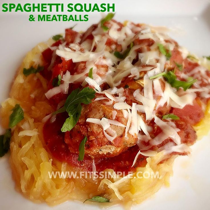Looking for 21 Day Fix or Fix Extreme approved recipes?!? Look NO FURTHER! Check out this delicious Spaghetti Squash and Turkey