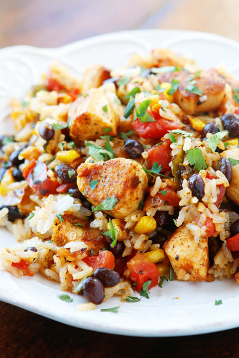 Southwestern Fiesta Chicken. Better than anything youll get at a restaurant! Seriously who would not want to eat this?? Its like a