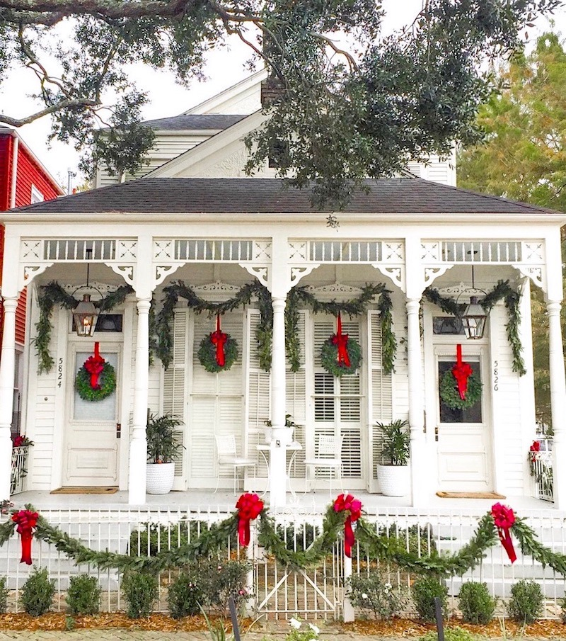 via @thegrovestreetpress new orleans on instagram – beautifully decorated home for Christmas in New Orleans