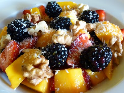 Raw Vegan Blackberry, Strawberry And Mango Breakfast Salad – A Healthy Way To Start Your Day