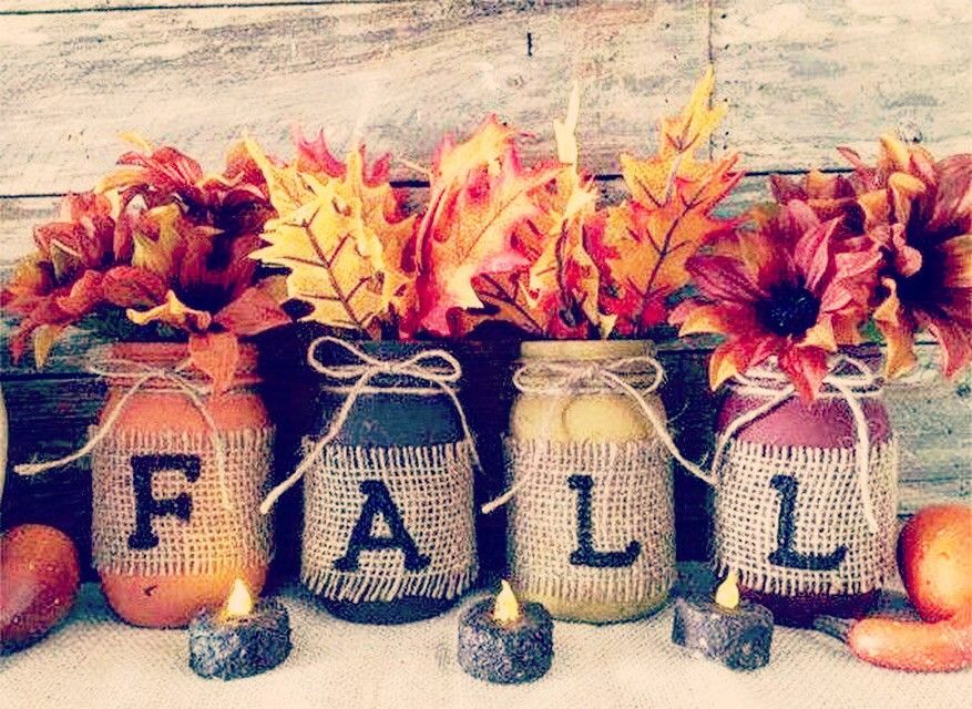 Distressed mason jars, pint or Quart sized mason jar. What a fabulous way to decorate for fall. This is for 4 rustic fall mason