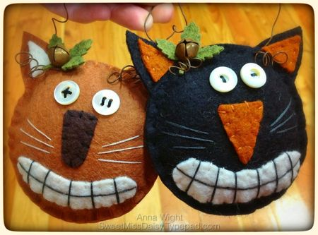Great vintage style wool felt Halloween cat ornaments, using hand drawn patters, wool felt, embroidery floss, rusty wire, bells, &