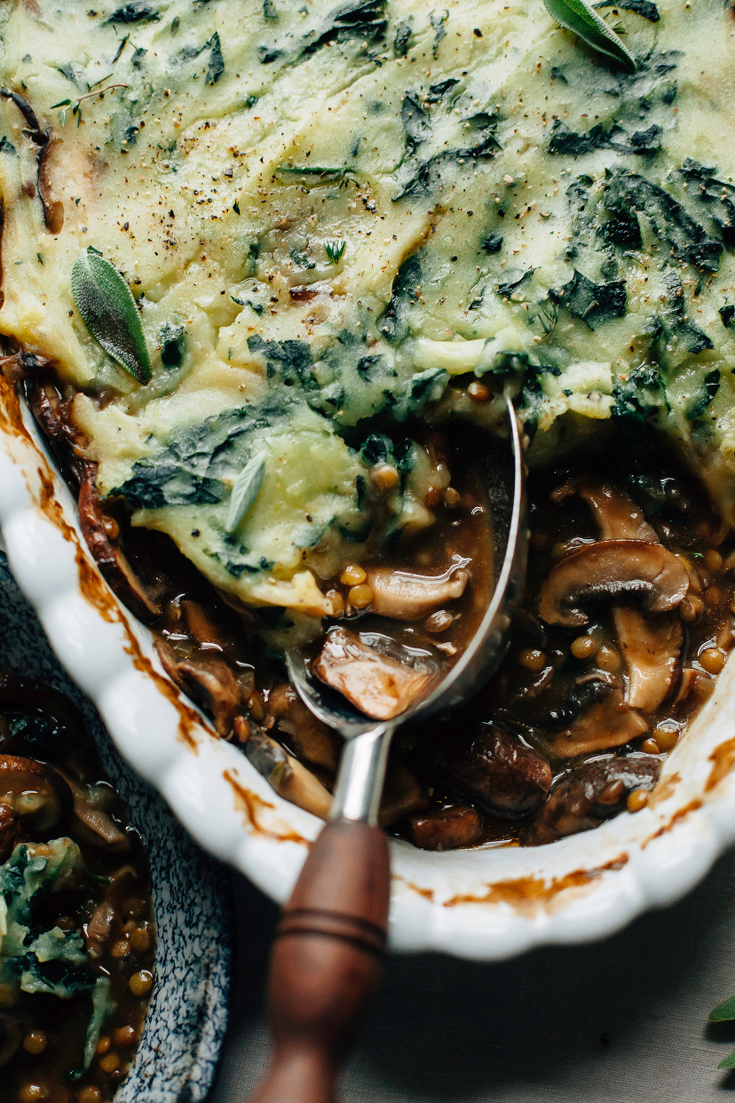 Mushroom Gravy Pie with Garlicky Kale Mashed Potatoes (vegan) – The First Mess