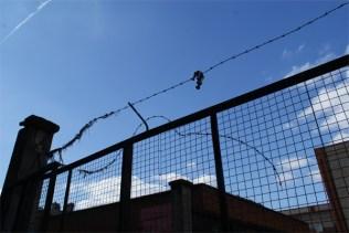Border - Isaac Cordal