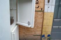 Empty fridge - Isaac Cordal