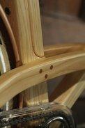 bicicleta din lemn (2)