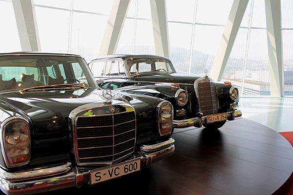 Mercedes-16
