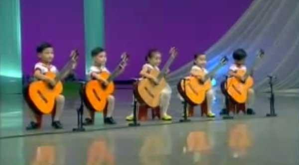 copii-chitara