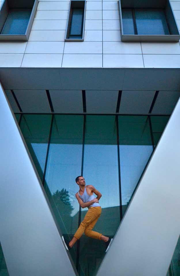 Dancing Bucharest - Relu Dobrin