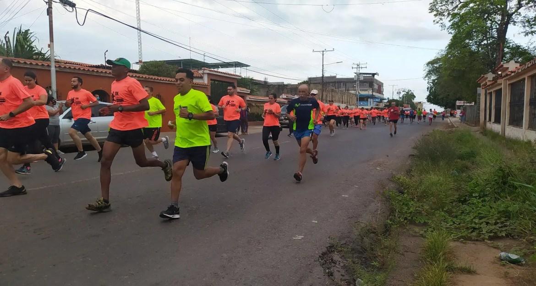 Corredores de asfalto participaron en 5K y 10K