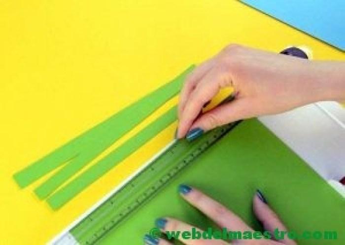Manualidades infantiles - pavo real de papel- paso 1