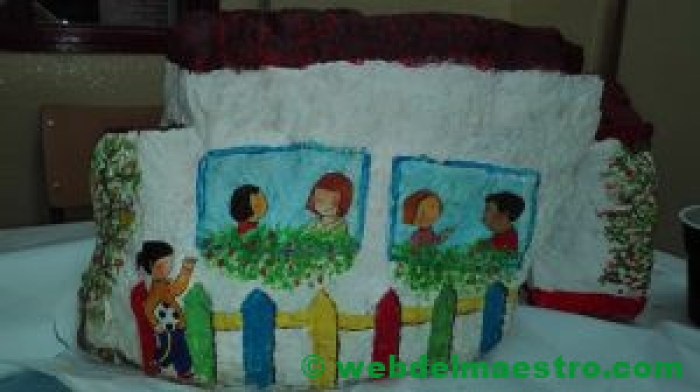 Imagen de casa- piedra pintada-