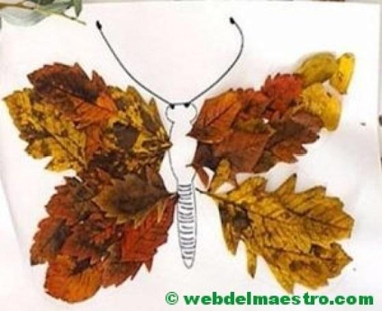 mariposa on hojas de otoño