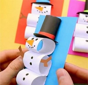 Muñeco de nieve de papel y cartulina-