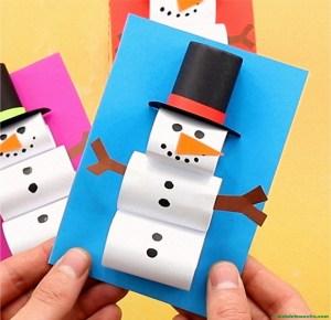 Muñeco de nieve de papel y cartulina