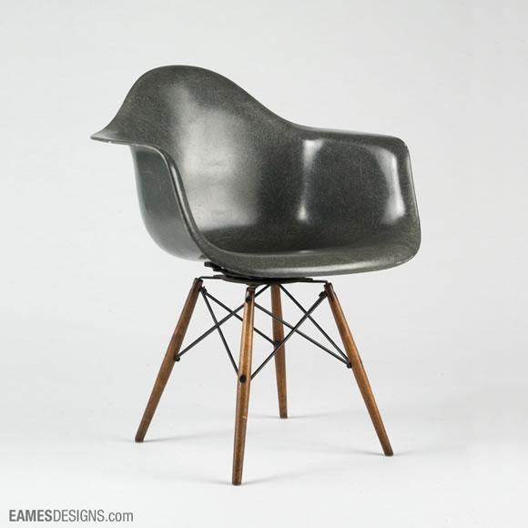 Product design eames chairs web design ledger - Designer de chaise celebre ...