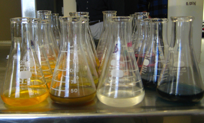 featured image science beakers testing