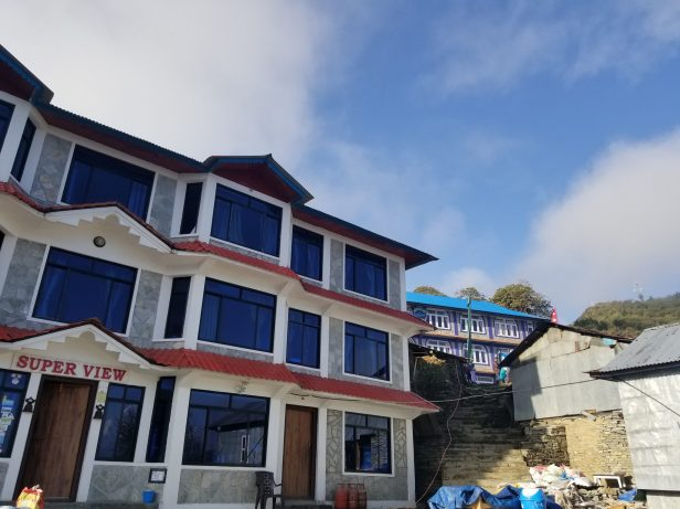 Delux tea house in Ghorepani