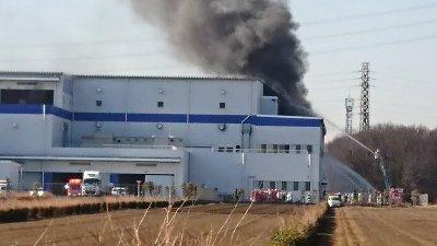 アスクル株式会社、三芳町上富のアスクル物流倉庫で大火災