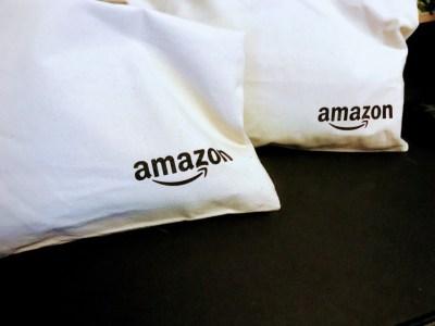 【プライムデー】Amazonプライム10周年記念限定グッズの中身
