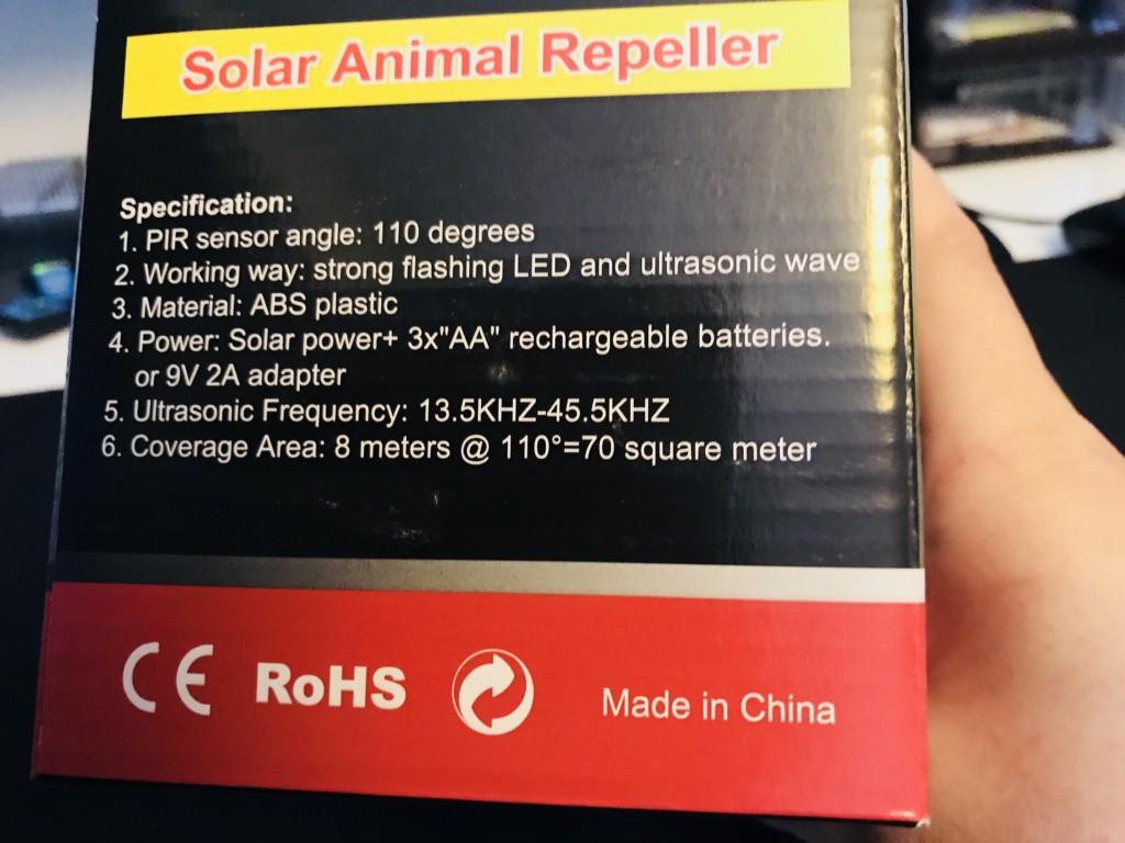 バッテリー搭載で太陽光かUSBで充電