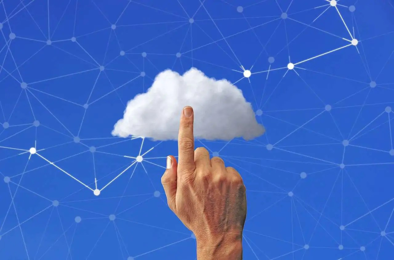 cloud A Few Basic Web Hosting Tips For Up-And-Coming Webmasters