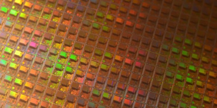 Extreme UV chip defects may force a new approach to processor design