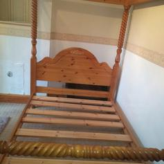 ikea four poster metal bed in le8