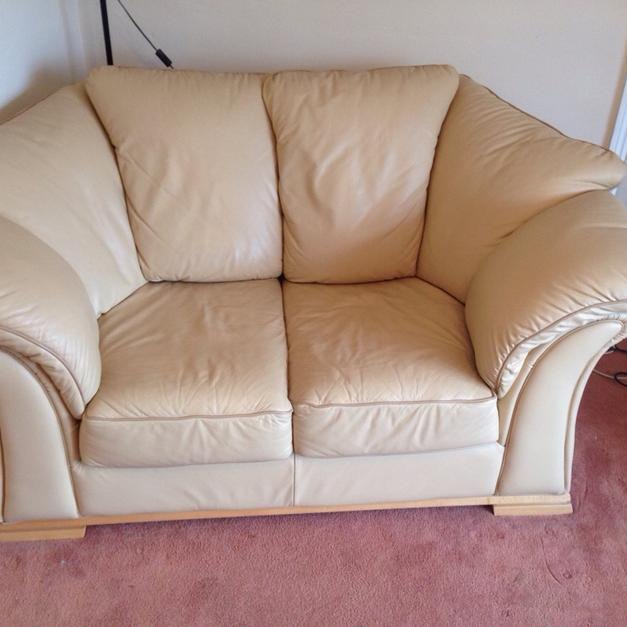 dfs sofas extra large chaise sofa leather cream in b75 birmingham for 200 shpock description