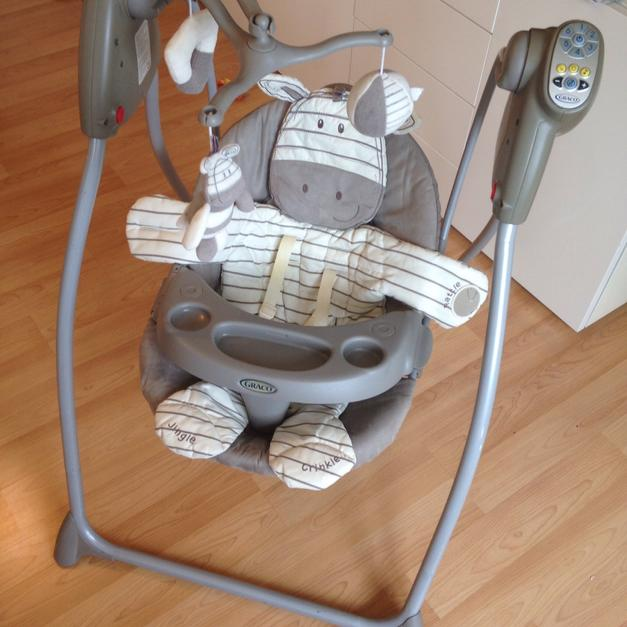 graco swing chair zebra wheelchair options baby in cr4 mitcham for 40 shpock