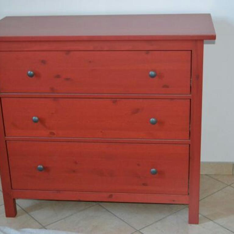 Ikea Hemnes Cassettiera Rossa.Ikea Cassettiera Hemnes Idee Per La Progettazione Di Decorazioni