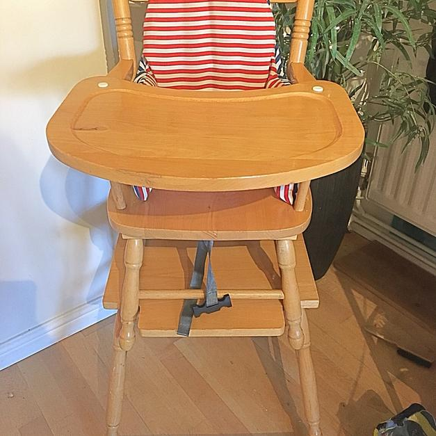 high chair converts to table and outside rocking chairs uk wooden in sg4 graveley for