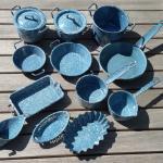Geschirr Emaille 14 Teilig Blau Weiss In 50374 Erftstadt For 117 00 For Sale Shpock
