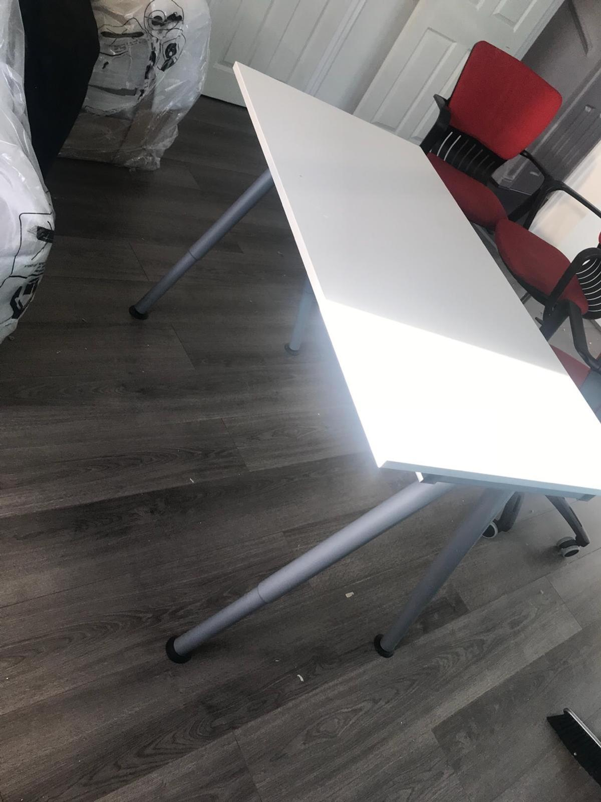 Ikea Office Desk 5no Available In Cv6 Coventry For 45 00 For Sale Shpock