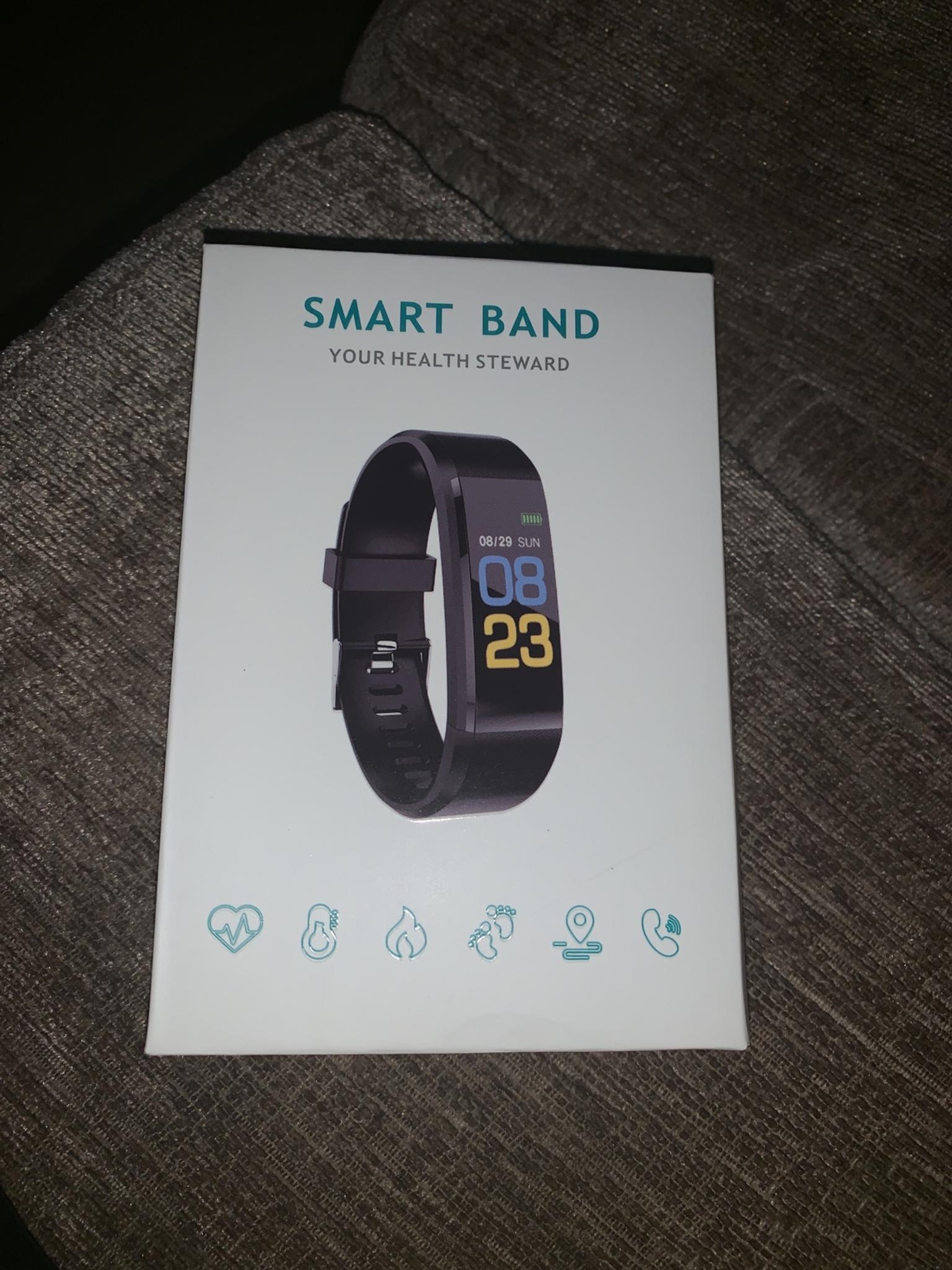 Simple Ways to Charge a Smart Bp Hr Bracelet: 4 Steps