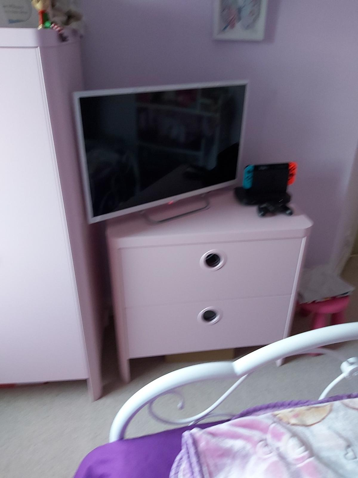 girl pink bedroom furniture in stafford