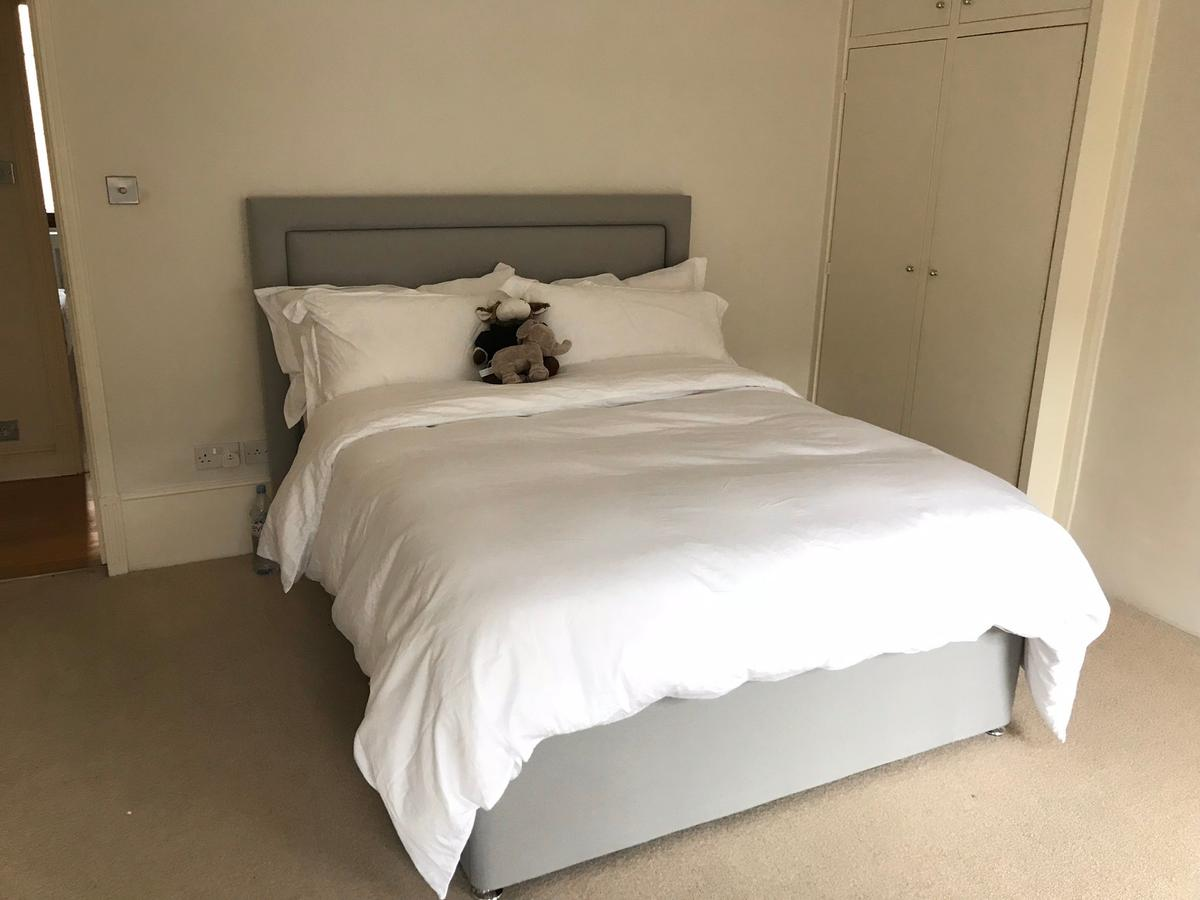 King Size Bed Frame Headboard Mattress In W11 London For 435 00 For Sale Shpock