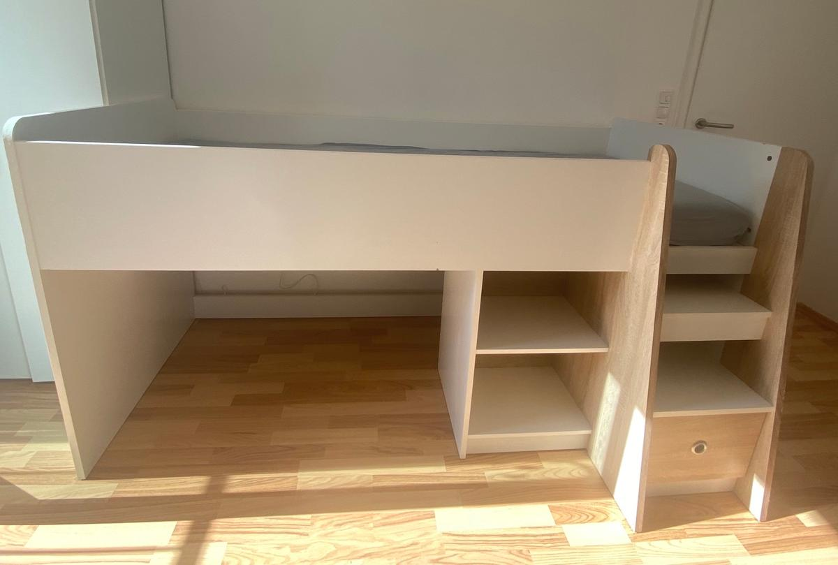 Halbhohes Kinderbett Halbhohes Kinderbett In 64331 Weiterstadt For €60.00 For Sale | Shpock