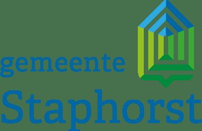 Burgemeester Gerrit Jan Kok geeft compliment aan jongeren in gemeente Staphorst.
